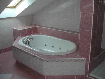 Rekonstrukce koupelen, rekonstrukce bytových jader, J.V.G. Livex spol.s r.o.