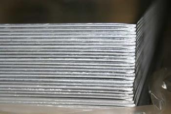 Keramet spol.s r.o. Nejlevnější hliníková střešní krytina
