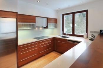 Kuchyně lamino třešeň, Infini a.s.