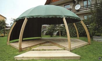 Dřevěný zahradní nábytek, LIFASTAV, spol. s r.o. Stavba rodinných domů na klíč Praha