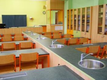 Výroba školního nábytku, Hilbert Interiéry s.r.o.
