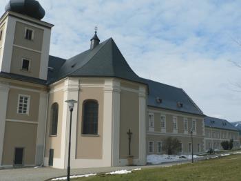 Zámek Loučná nad Desnou, Stavril s.r.o.