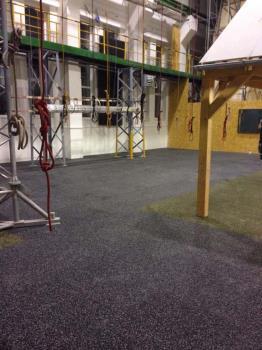 Podlahy pro fitness centra a posilovny Hostivice, NOKO Servis s.r.o. Podlahy pro fitness, gumová dlažba