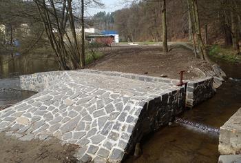 Výstavba a rekonstrukce rybníků, jezů a čistíren odpadních vod, NOWASTAV akciová společnost
