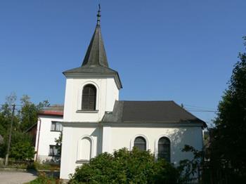 Obec v blízkosti chráněné krajinné oblasti Český Ráj, Obec Veselá