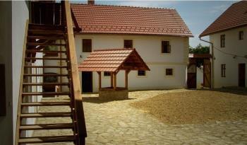 Rekonstrukce dom� a st�ech - klemp��sk� pr�ce, NOSTA, s.r.o.