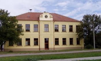 Budova základní školy, Základní škola a mateřská škola Syrovice,  okres Brno - venkov, příspěvková organizace