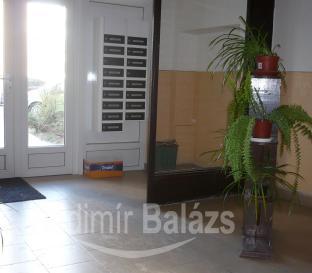 úklid společných prostor bytového domu Uherské Hradiště, BAVA servis s.r.o.