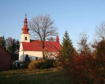 Kostel sv. Petra a Pavla, Obec Vražné