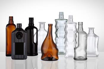 Tvarové láhve na lihoviny, víno, SKLÁRNY MORAVIA, akciová společnost