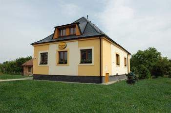Ubytov�n� v bl�zkosti Ba�ova kan�lu, Penzion Javorn�k Vodohospod��sk� stavby Javorn�k-CZ