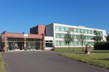Zakladni skola a materska skola Smolkova v Praze 12