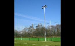stožáry osvětlení pro sportoviště