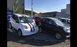 Prodej nových automobilů i pro patnáctileté