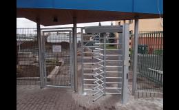 Oplocení a výstavba plotů na klíč