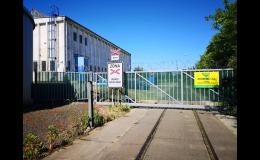Provozovna autovrakoviště na Těšínské ulici