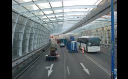 Skleněné protihlukové tunely