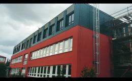 provětrávané fasády - fasádní lamely z FeZn plechu