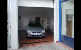 Mytí vozidel suchou i mokrou cestou ve Zlíně