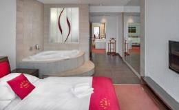 Ubytování ve čtyřhvězdičkovém hotelu s restaurací nedaleko centra Brna