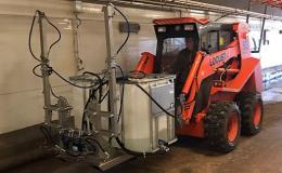 Nový mycí stroj CleanMatic 603H pro čištění hal