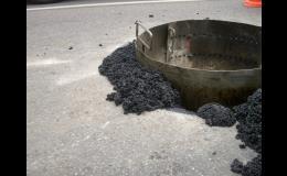 Hmota na opravu spár a trhlin asfaltových a betonových vozovek