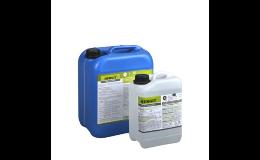 Technické přípravky pro čištění a ošetření zemědělské techniky