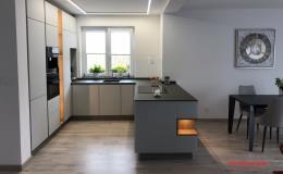 Návrh a realizace moderních kuchyní z kvalitních materiálů Ostrava