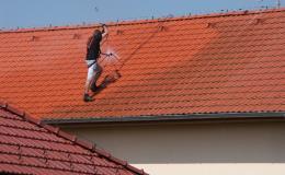 Provádíme čištění střech po celé ČR