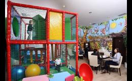 Cukrárna, kavárna s dětským hřištěm a dětským koutkem