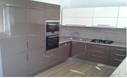 Kuchyně, kuchyňské linky včetně vestavných spotřebičů Ivančice, Moravský Krumlov