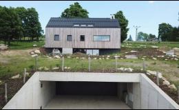 Rodinný dům s tunelovou propojovací částí