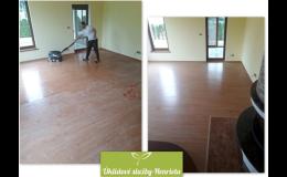 Stojové čištění veškerých podlah