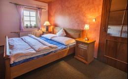 Ubytování v Beskydech ve stylových roubenkách