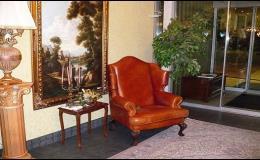 Zakázková výroba luxusního čalouněného nábytku