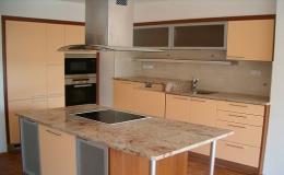 Kuchyňská pracovní deska z kamene