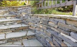 kamenné schody z ruly