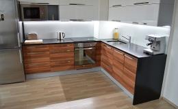 Kuchyňské pracovní desky v různém dekoru