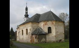 Kostel v obci Srby