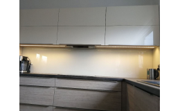Kuchyňská linka podsvícení