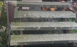 Oživení hlavního kamenného schodiště