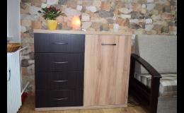 Nábytek ze dřeva