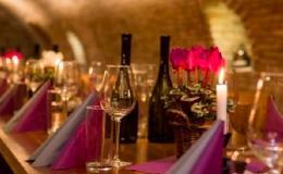 Zorganizujte firemní akce, teambuildingy s ochutnávkou vína ve vinném sklepě v Hustopečích