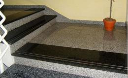Luxusní kamenné schody