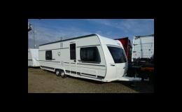 Nádherný dvouosý karavan - prodej Praha