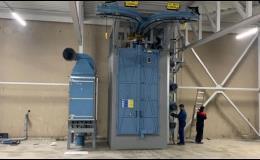 Tryskání a fosfátování kovů, kovových dílců