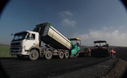 Pokládka asfaltových směsí