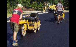 Opravy silnic a komunikací