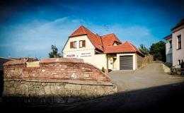 Komfortní ubytování v penzionu v oblasti Valtic a Pálavy - penzion a vinný sklep Moravský Sommelier
