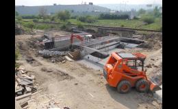 Výkopové a zemní práce, stavby domů, pokládka dlažby